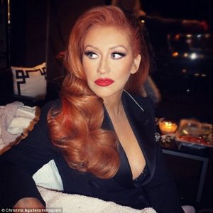 Christina Aguilera shows off fiery red hair - hair salon cavan